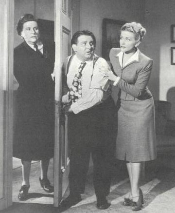 Florence Auer, Joe DeRita, and Christine in publicity shot for 1946's SLAPPILY MARRIED